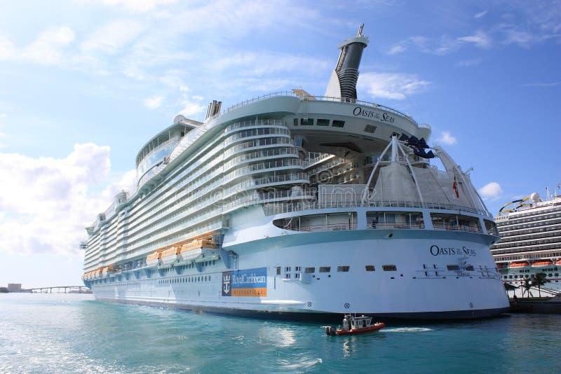 Download Aqua oazy morzy teatr obraz editorial. Obraz złożonej z balkon - 22733325