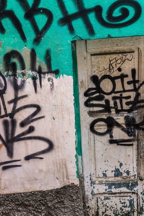 Aqua Wall Texture met Graffiti royalty-vrije stock afbeeldingen