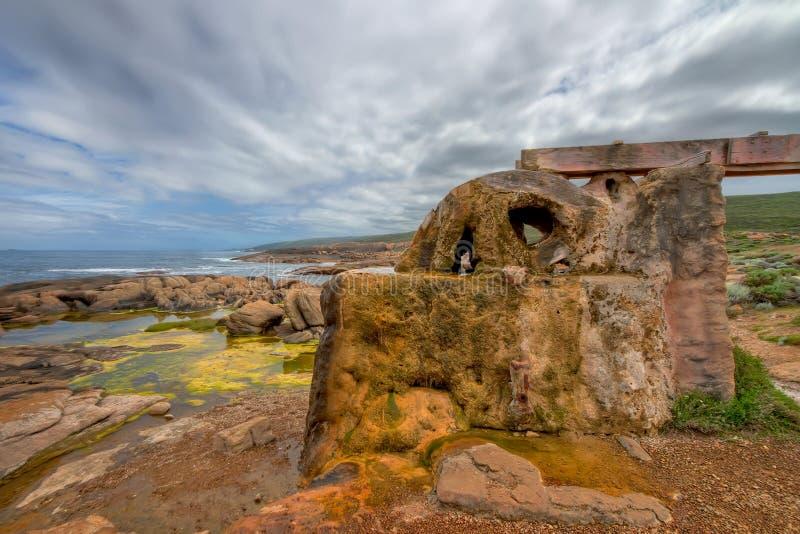 aquaduct钙化的水轮 免版税图库摄影