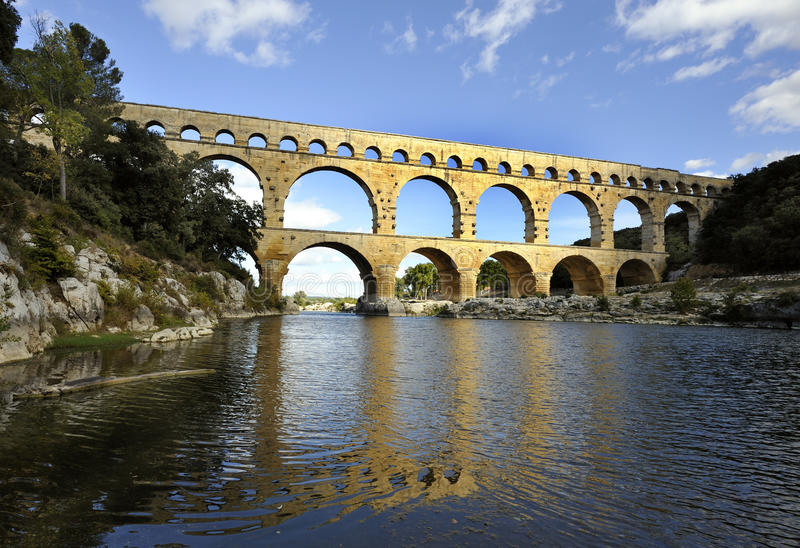 aquaduct du Γαλλία Gard pont Ρωμαίος στοκ εικόνες