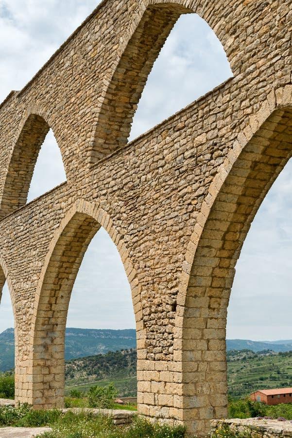 Aquaduct in Morella stock foto