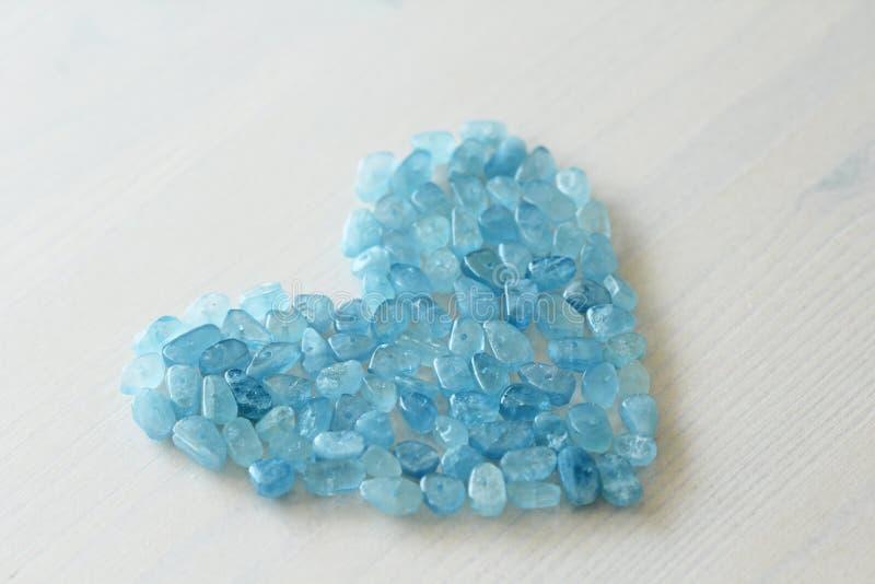 Aquamarin ist blau Blaues Inneres Naturstein ist blauer Aquamarin stockfotos