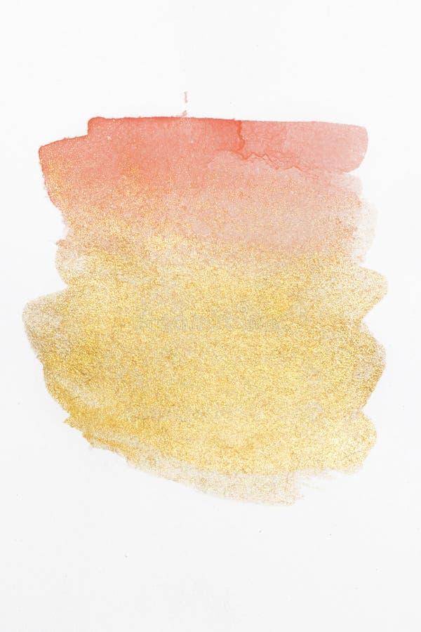 Aquarela Peachy do brilho do rosa e do ouro no papel imagem de stock
