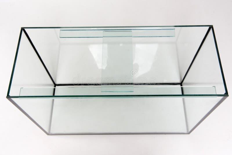 Aquariumglas, rechteckig auf einem weißen Hintergrund lizenzfreie stockbilder