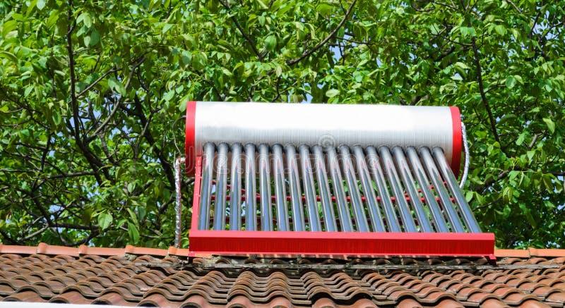 Aquecedor de água solar fotos de stock