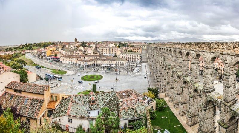 Aquedotto antico famoso a Segovia, Castiglia y Leon, Spagna immagini stock libere da diritti