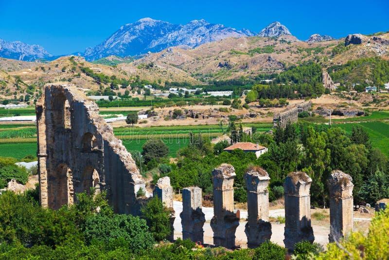 Aquedotto a Aspendos a Adalia, Turchia fotografia stock libera da diritti