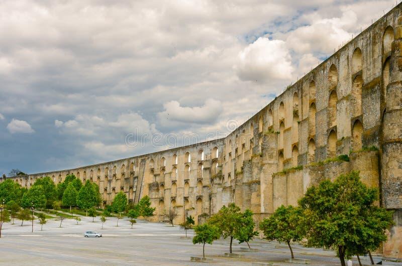 Aquedotto di Amoreira del Portogallo in Elvas fotografie stock libere da diritti