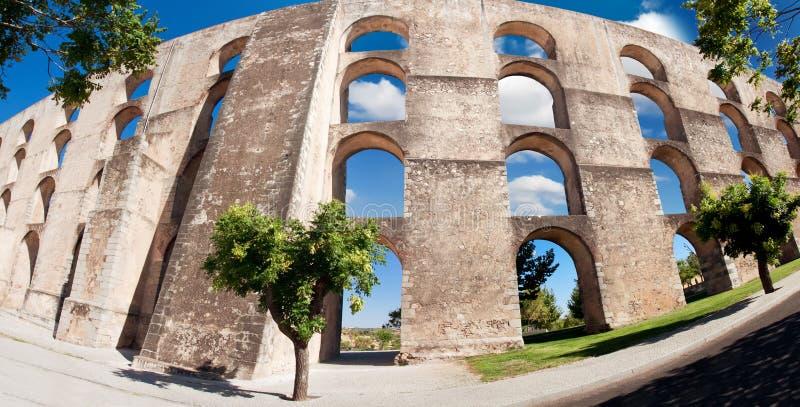 Aqueduc Amoreira Elvas, Portugal images libres de droits