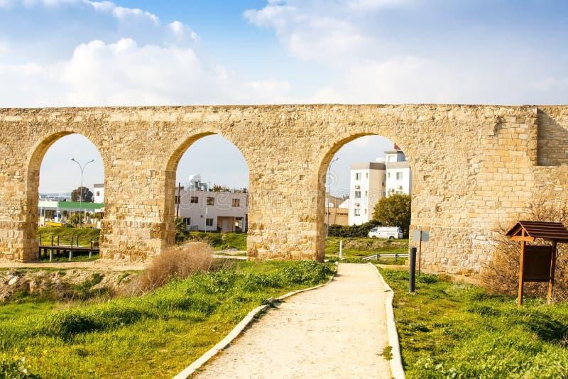 Aqueduc de Kamares en Chypre photo libre de droits