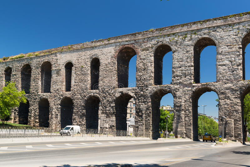 Aqueduc de Valens à Istanbul, Turquie image stock