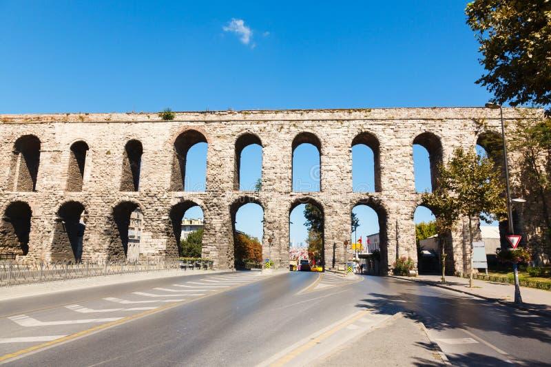 Aqueduc de Valens photos stock