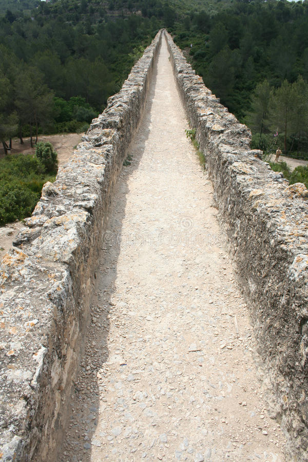 Aqueduto romano perto de Tarragona fotografia de stock royalty free