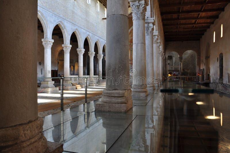 Aquileia, Италия базилика и римские мозаики стоковые фотографии rf