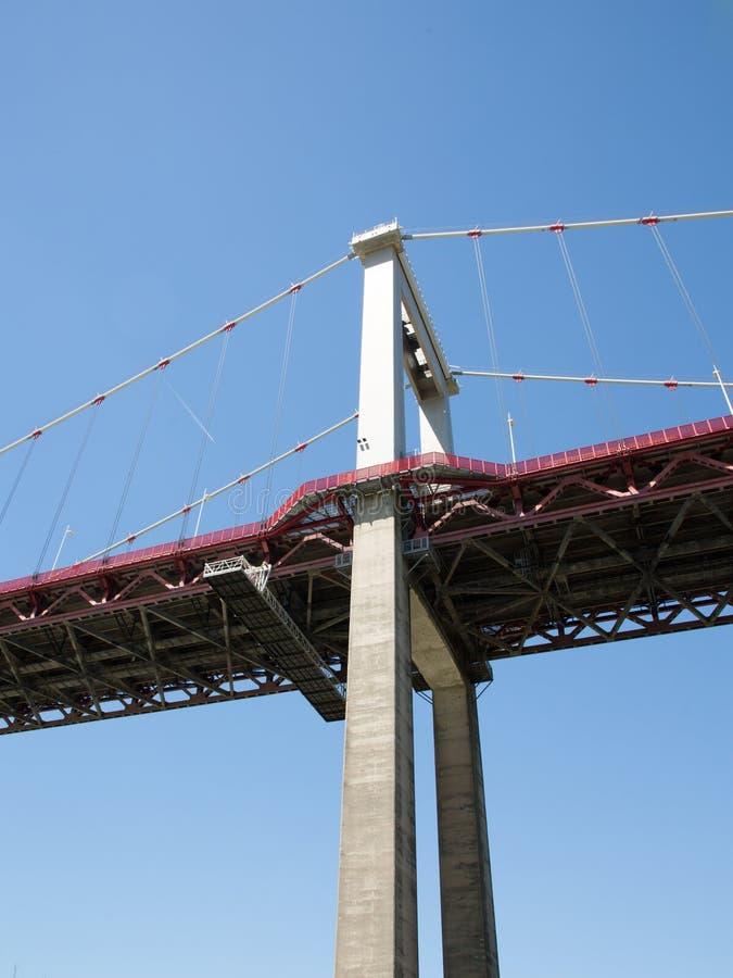 Aquitaine Bridge est un pont suspendu situé sur l'anneau de Bordeaux image libre de droits