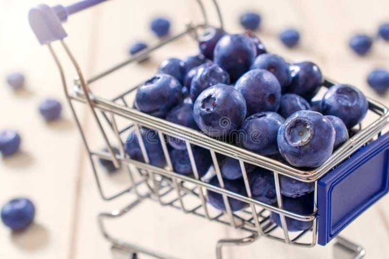 Download Arándanos imagen de archivo. Imagen de antioxidante, azul - 42440033