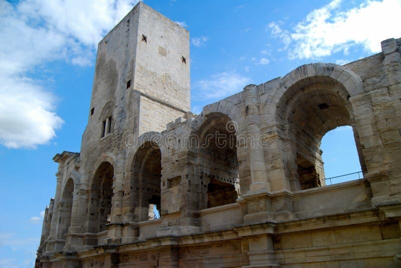 Arène médiévale d'amphithéâtre d'Arles image stock