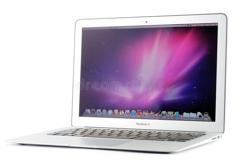 ar de um MacBook de 13 polegadas foto de stock royalty free