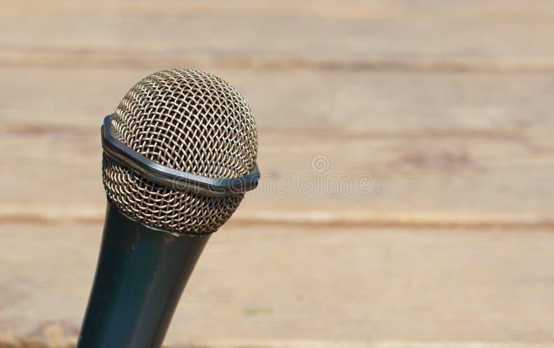 Ar livre do detalhe do microfone fotografia de stock royalty free