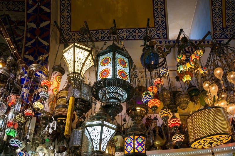 Arab turkiska traditionella mosaiklampor, lyktor arkivfoto