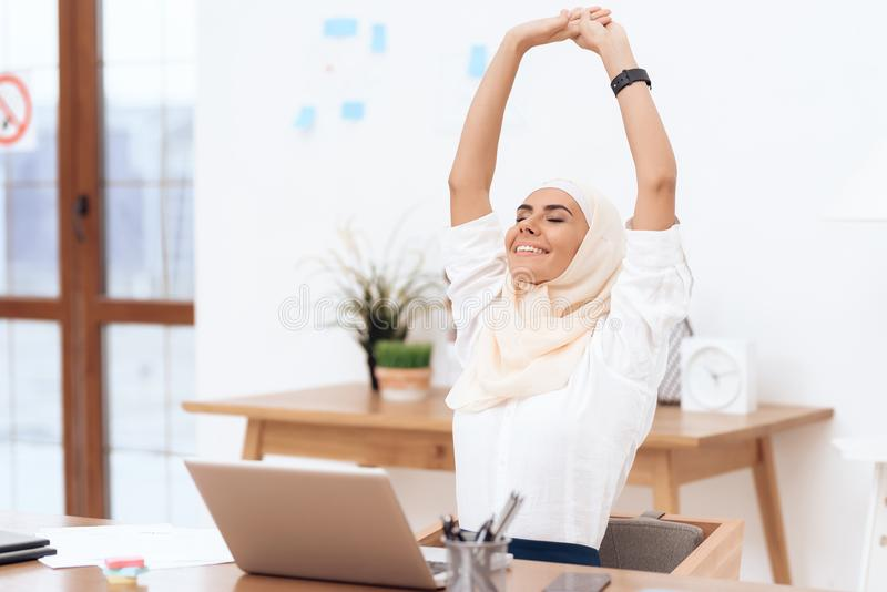 The arab woman in the hijab relaxes. stock image