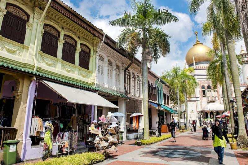 Singapore, Arabic Quater with Masjid Sultan Mosque, shopping district stock photography
