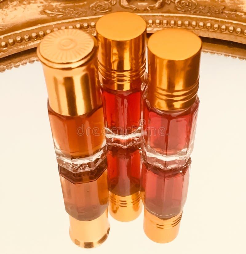 Arabisch parfum ( attar) stock foto's