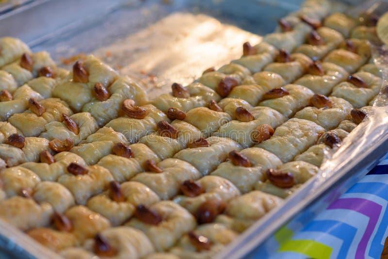Arabische Bonbons im Markt stockfotos