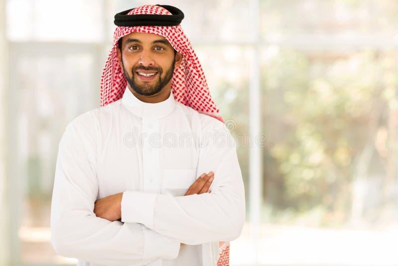 Arabische gekruiste mensenwapens royalty-vrije stock afbeeldingen