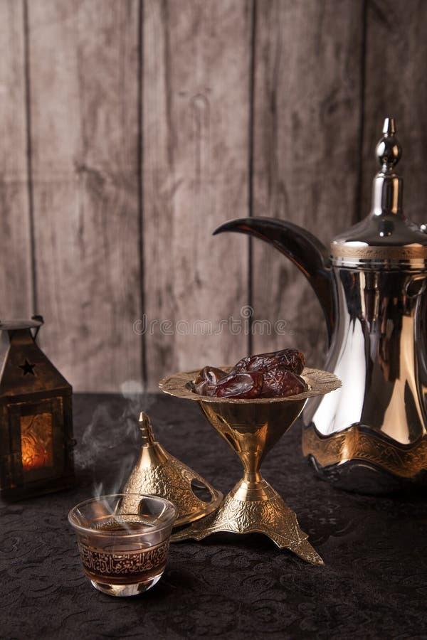 Arabische Koffie - Ramadanthema royalty-vrije stock afbeelding
