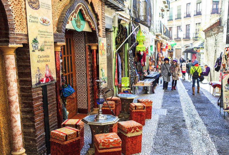Arabische Straat in Granada, Spanje royalty-vrije stock afbeelding