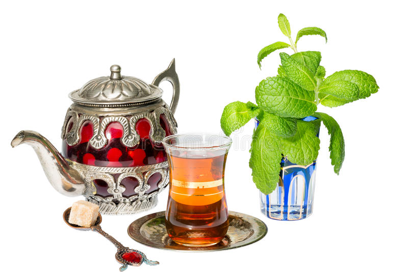 Arabischer tadelloser Tee stockfotos