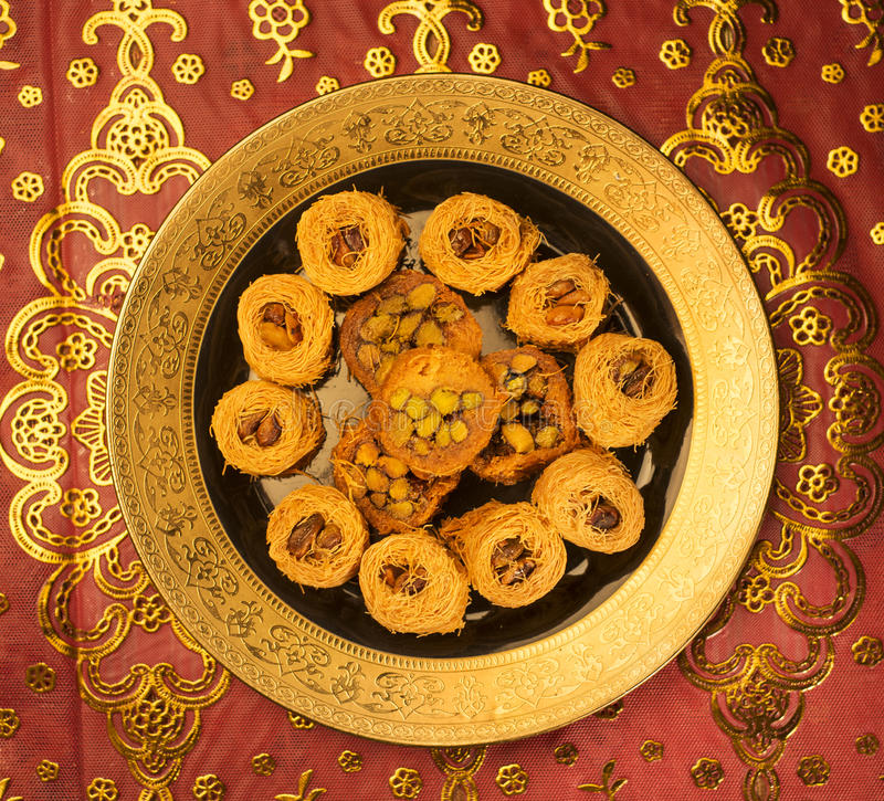 Arabisches süßes Kunafa lizenzfreie stockfotografie