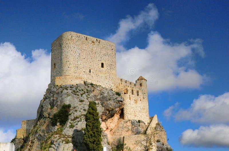 Arabisches Schloss in Olvera lizenzfreie stockfotos