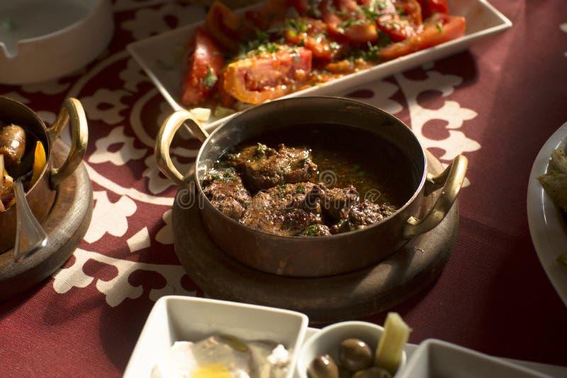 Arabisches traditionelles Lebensmittel im Golf Mittlerer Osten stockbild