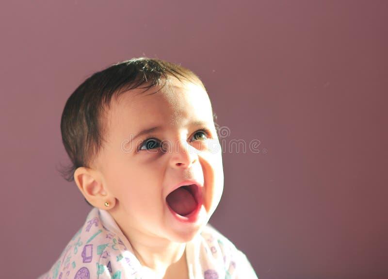 Arabisk nyfödd flicka arkivfoton