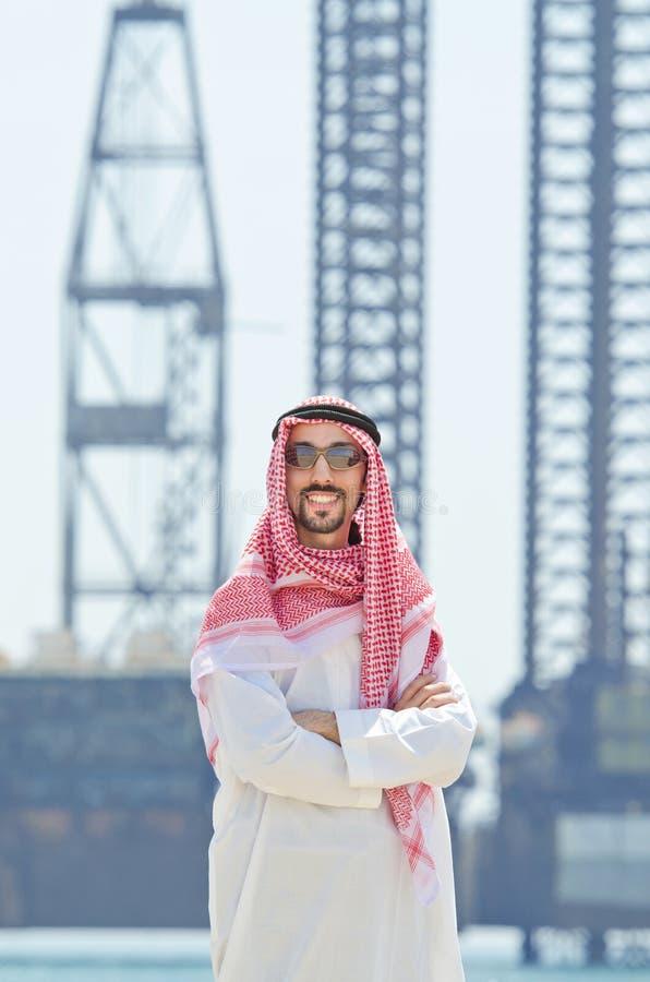 arabisk traditionell klädsjösida royaltyfria foton