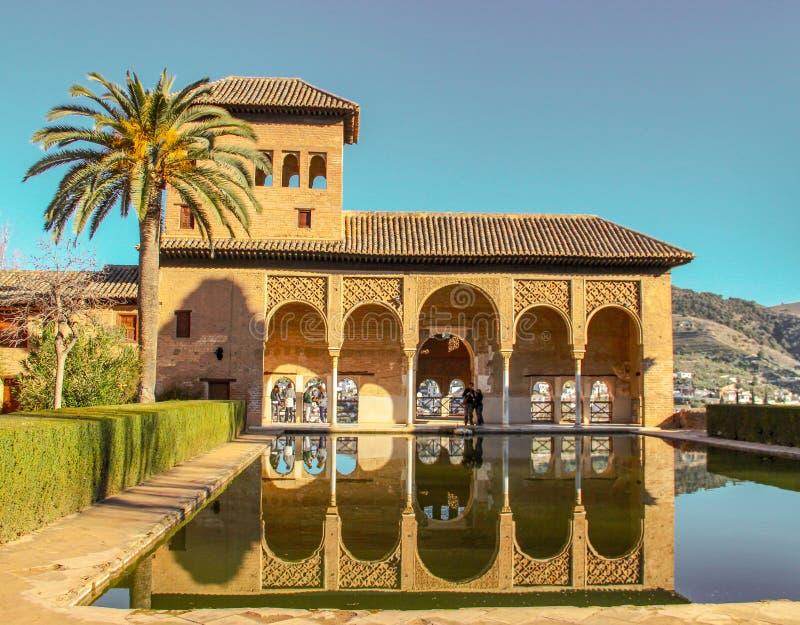Arabiska motiv och stractures i Andalusia royaltyfria bilder