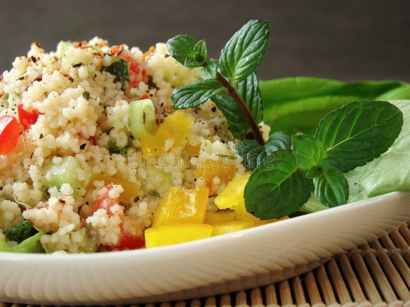 arabski couscous naczynia tabouleh zdjęcie royalty free