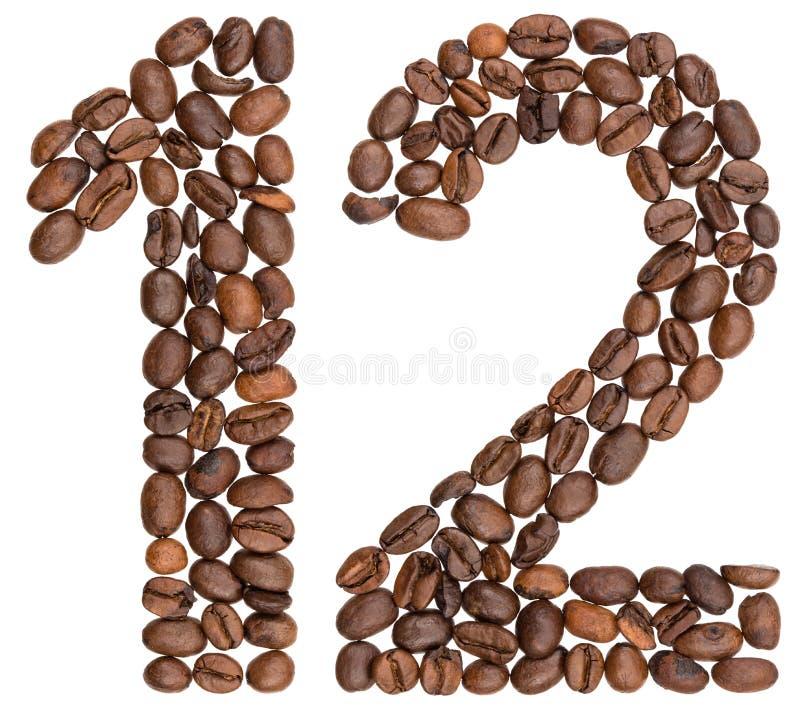Arabski liczebnik 12, dwanaście, od kawowych fasoli, odizolowywać na bielu zdjęcia royalty free