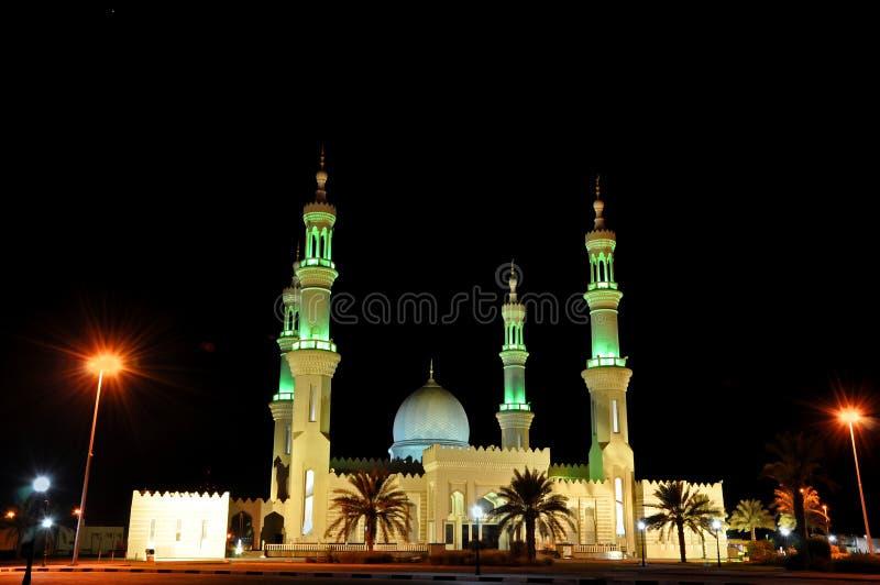 arabskich emiratów meczetowa noc jednocząca zdjęcie stock