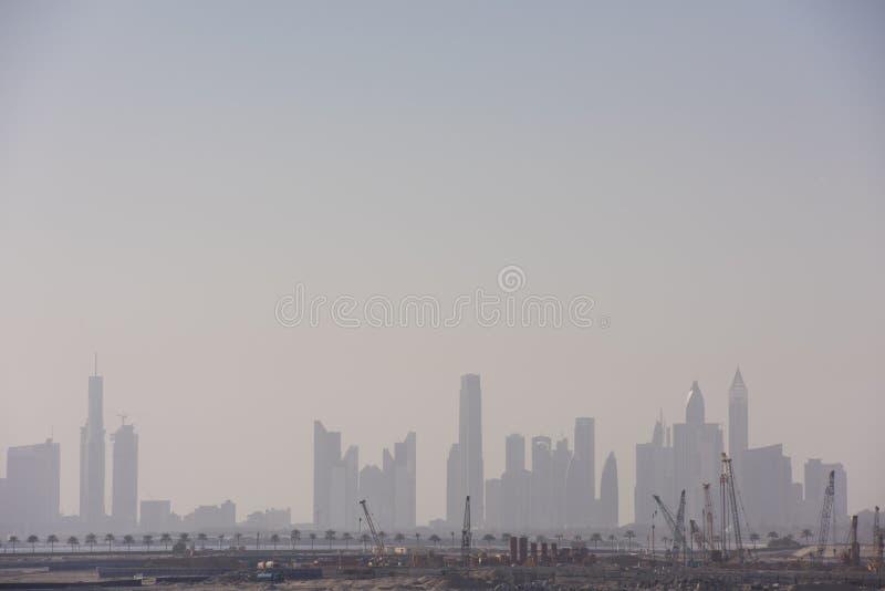 arabskiej centre miasta Dubai emiratów panoramy drogowi sheikh drapacz chmur jednoczący zayed fotografia royalty free