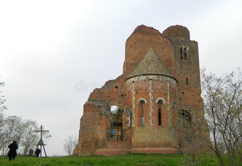Araca,中世纪罗马式教会的废墟 免版税库存照片