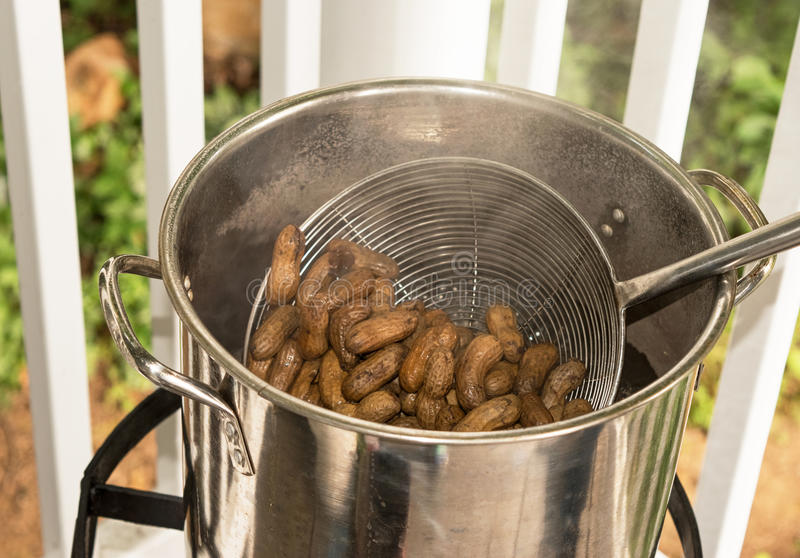 Arachides bouillies photo libre de droits