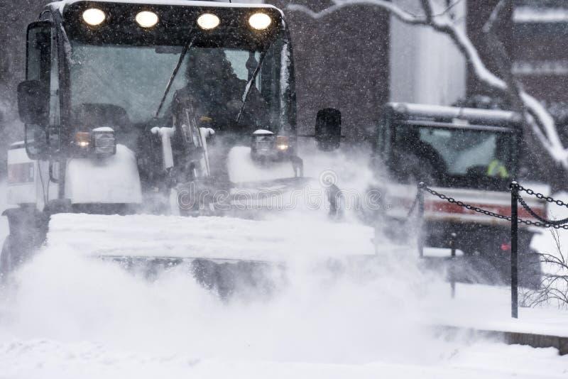 Arado de la nieve fotos de archivo
