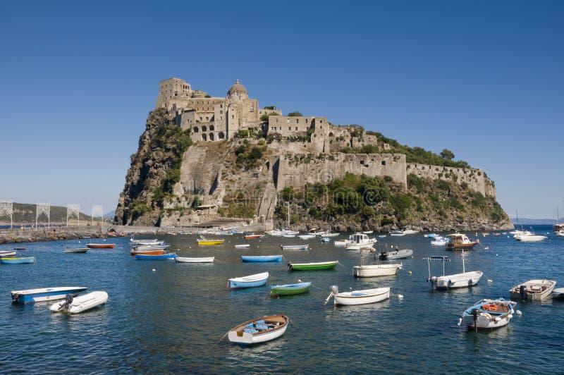 Aragonese-Schloss in den Ischia stockfotografie