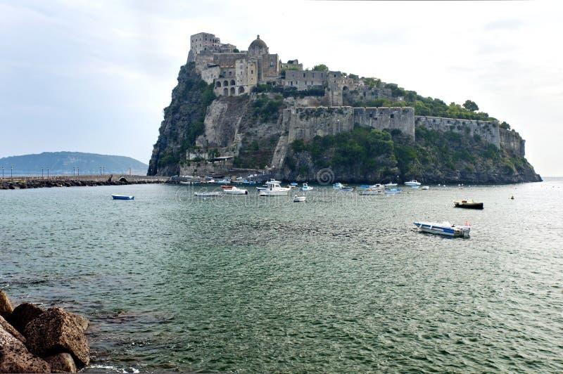 Aragonese slott, Ischia, Italien royaltyfria foton