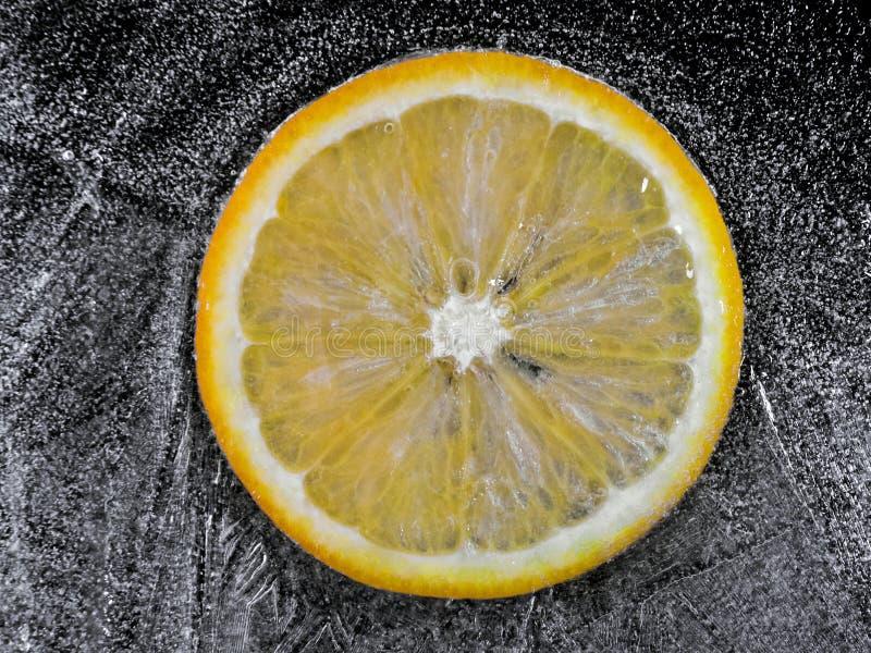 Arancio congelato fotografia stock libera da diritti