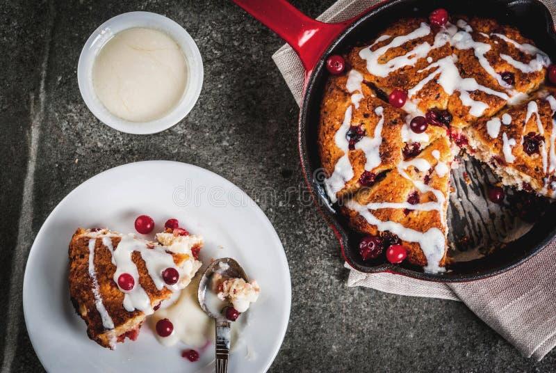 Arando e bolos alaranjados fotografia de stock