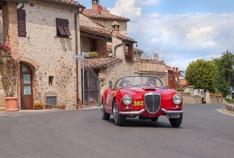 Aranha de LANCIA Aurelia B24 em Mille Miglia 2014 imagem de stock